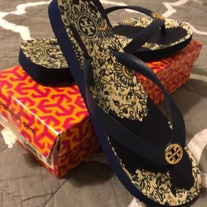 Tory Burch Sandals with box
